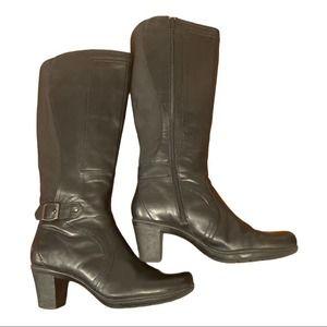 Clark's Knee Boots Size 8M